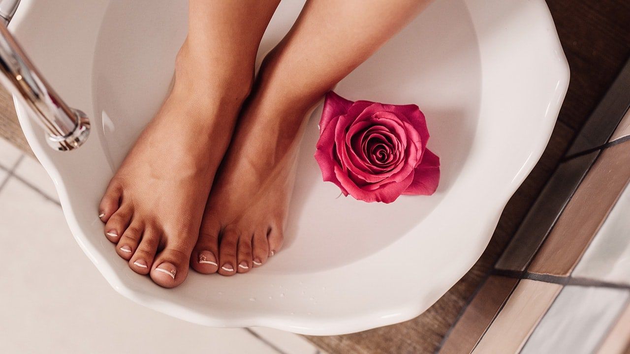 After Soaking Your Feet in ACV You Will Be Amazed By The Results